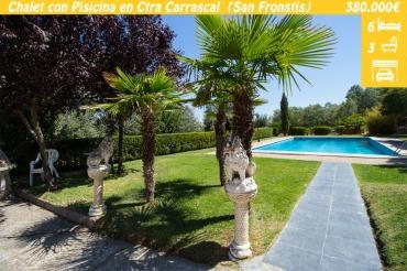 Chalet en venta en Zamora, en la Carretera de Carrascal. Ubicado en un terreno de 14.300m2, cuenta con piscina y barbacoa, y con vistas al Rio Duero y a la Catedral de Zamora.